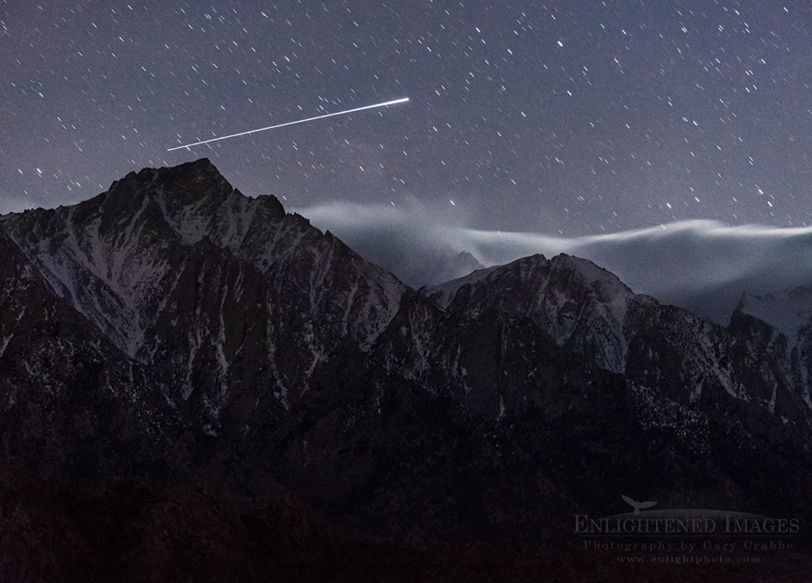 UFO over Lone Pine Peak, Eastern Sierra